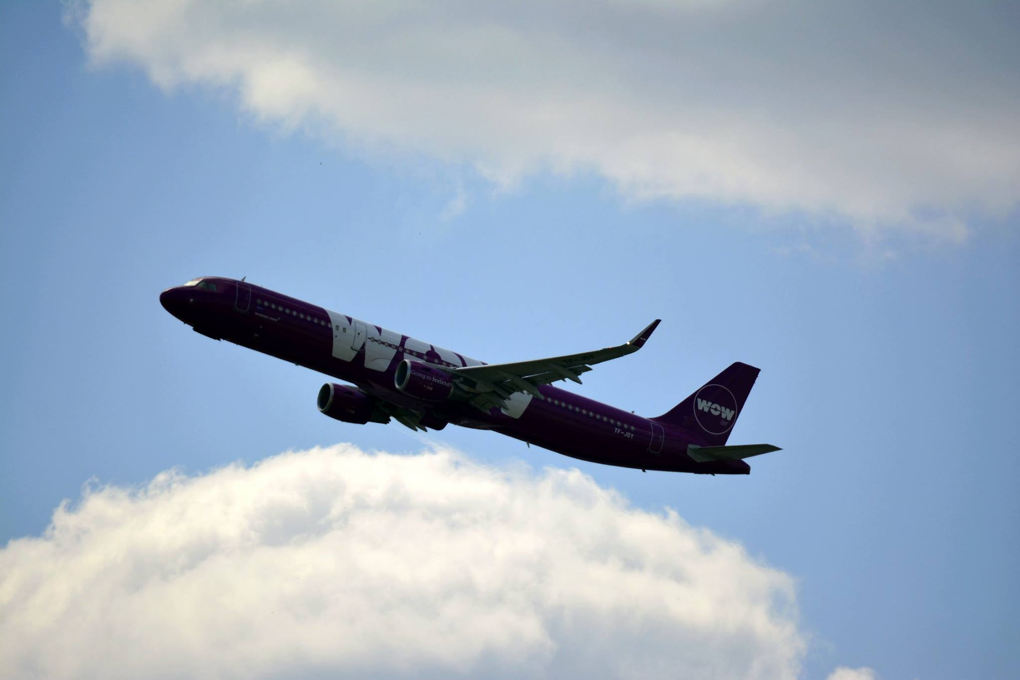 Departure of WOW air Airbus A321 from Sheremetyevo, Moscow during World Cup 2018 on 17.06.18 // Source: Dmitry Dulin