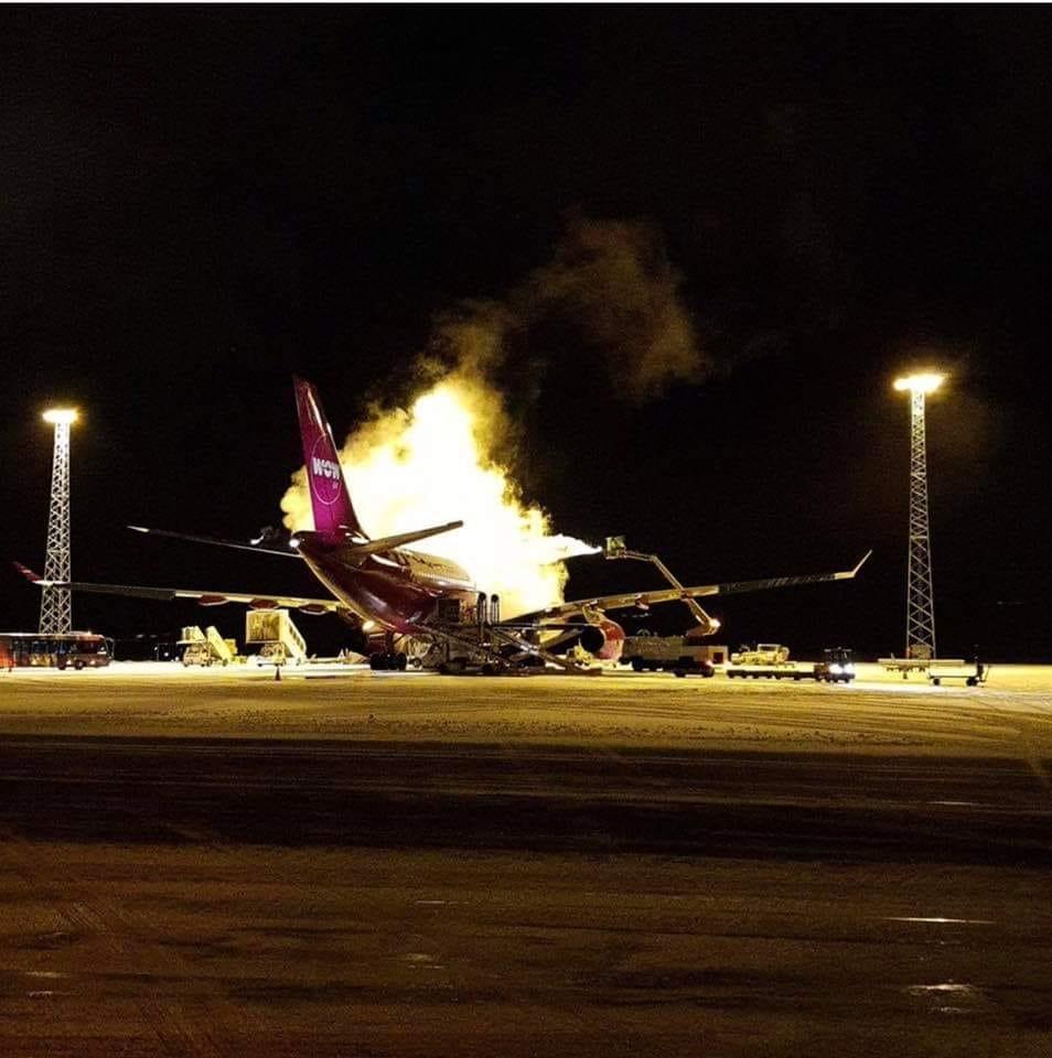 WOWair Airbus A330-300 before departure from Keflavík // Source: Ásta Margrét Heimisdóttir