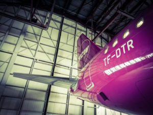 Brand new tail in Keflavík - WOW air Airbus A321-253neo TF-DTR // Source: Flugblogg's source in the airport