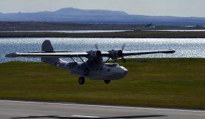 PBY-5A Cataline lowpass on runway 01 in Reykjavik airport during airshow 2019 // Source: Halldór Sigurðsson