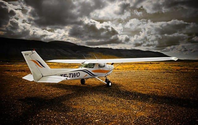 Reykjavik Flight Academy Cessna 152 reg. TF-TWO // Source: Vængir page on Facebook (Júlíus Björn Þórólfsson)
