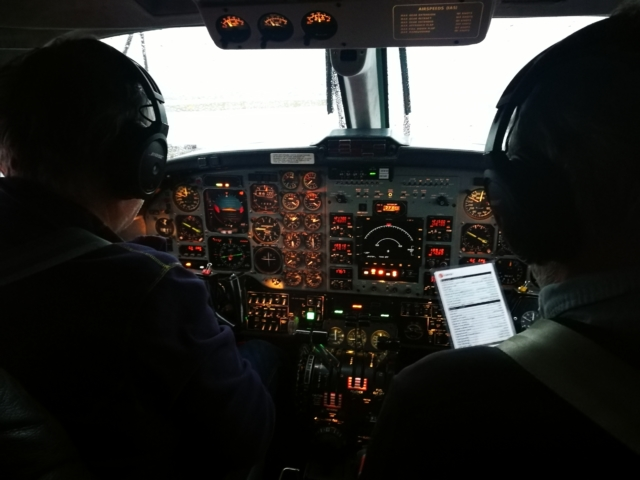 The cockpit of Isavia Beechcraft Super King Air 200 TF-FMS // Source: Flugblogg