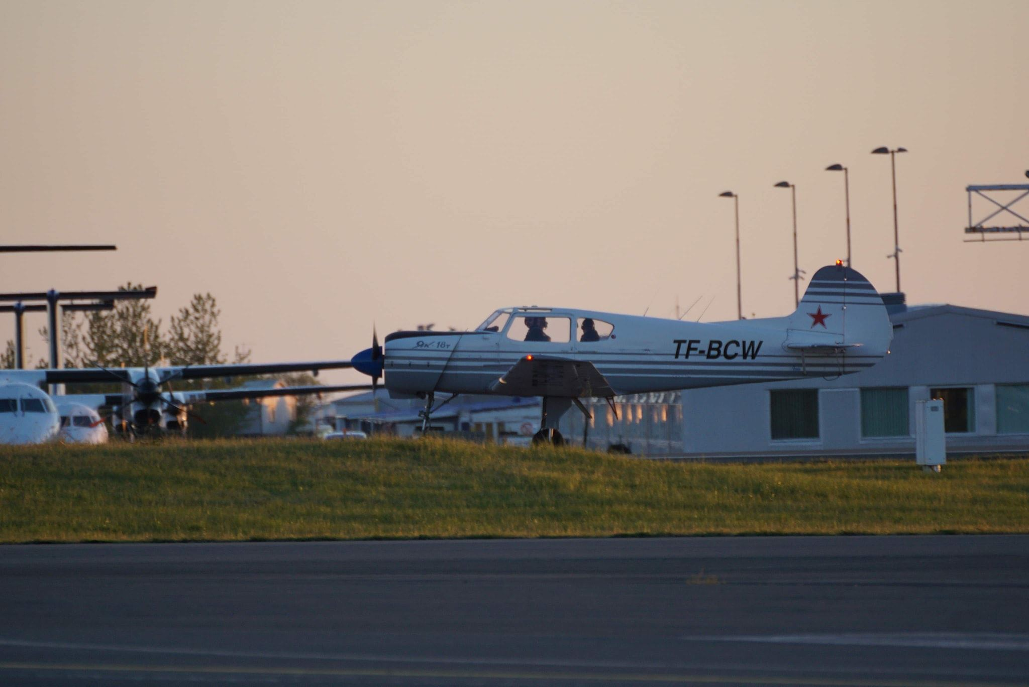 The only Icelandic Yak-18T reg. TF-BCW is taxiing after the landing in Reykjavik airport (BIRK). Pilot-in-comand is Pétur Jökull // Source: Markus Fürst