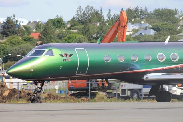 """Gulfstream GV reg. N-888XY """"Sexy Jet"""" in Reykjavik airport (BIRK) // Source: Brynjar Hauksson"""
