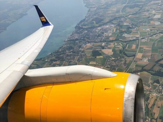 Switzerland from the Icelandair Boeing 757-200 reg. TF-FIV, performing flight ICE565 from Geneva (LSGG) to Keflavik (BIKF) // Source: Vitor Gonsalves