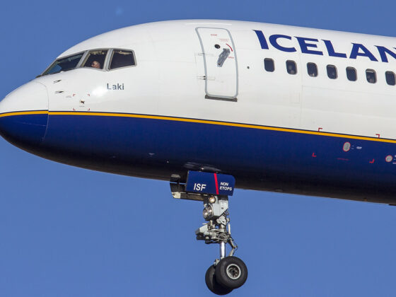 Icelandair Boeing 757-200 reg. TF-ISF // Source: Karl Georg Karlsson
