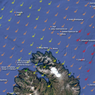 Fishing vessels near Iceland during the night storm 26.November // Source: MarineTraffic.com