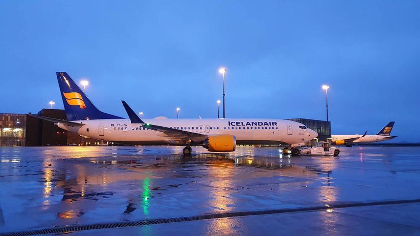 Icelandair Boeing 737 MAX 8 reg. TF-ICN departing from Keflavik first time after grounding // Source: Mārtiņš Zaķis