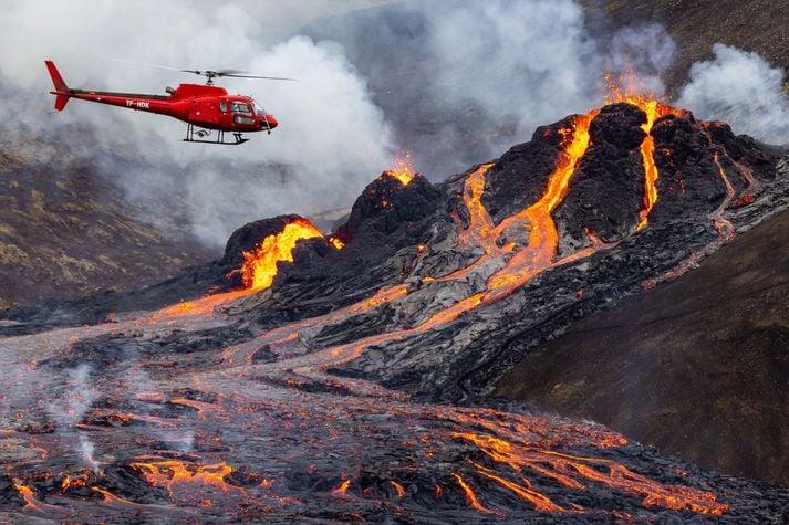 Norðurflug Airbus H126 reg TF-HDK over Fagradallsfjall eruption // Source: Norðurflug