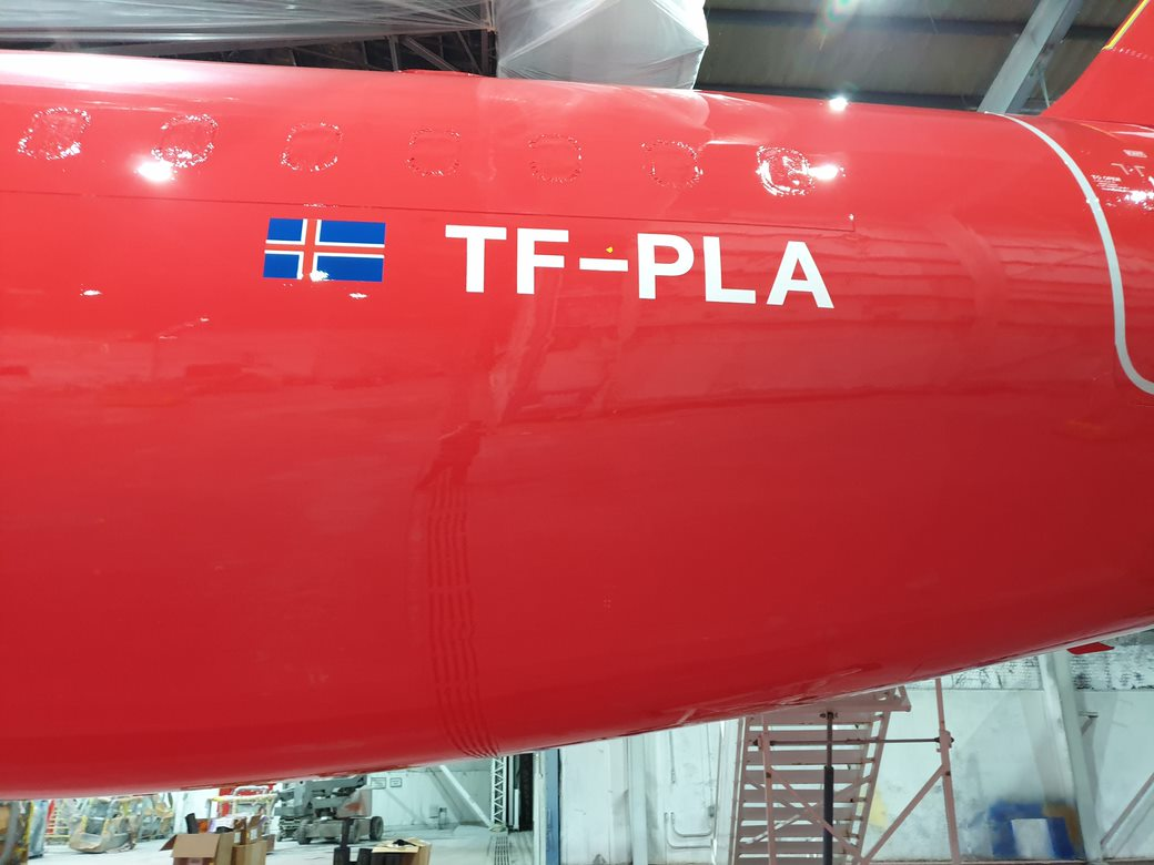 Play airlines Airbus A321neo with reg. TF-PLA getting new livery in Amarillo // Source: Play airline