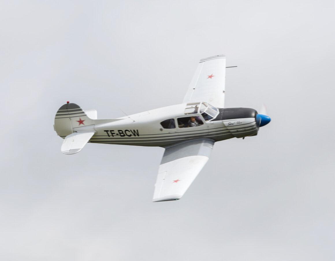 """Yak-18T reg. TF-BCW at airshow """"Allt sem flygur 2021"""" in Hella // Source: Jón Sverrir Sigurðarson"""